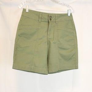 Royal Robbins Womens 4 Shorts Green Casual Cotton